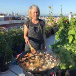 Summer seafood paella